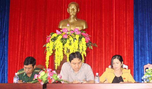 Đoàn đại biểu Quốc hội tỉnh tiếp xúc với đại diện cử tri ngành Giáo dục và Đào tạo
