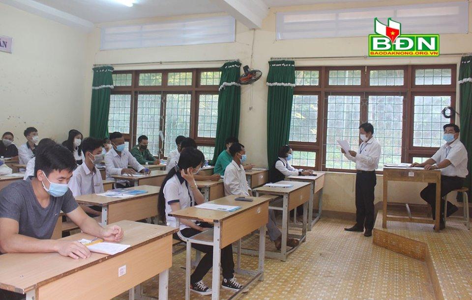 Tỷ lệ đậu tốt nghiệp THPT Đắk Nông năm 2021 đạt 97,08%