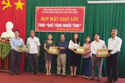 Công đoàn Giáo dục TP. Hồ Chí Minh thăm, tặng quà cho giáo viên khó khăn tỉnh Đắk Nông