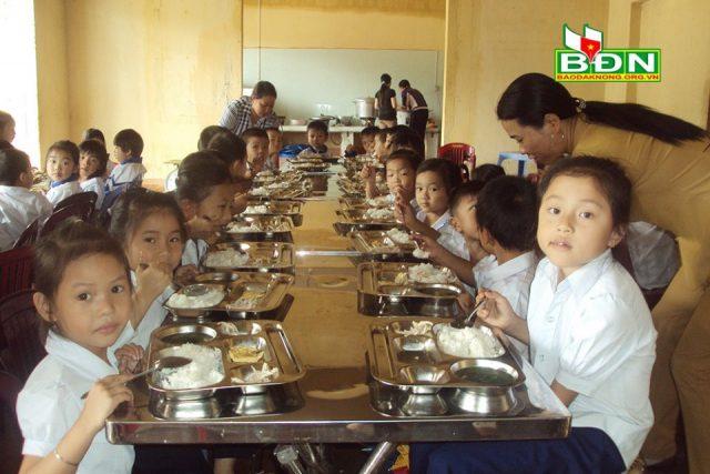 Toàn tỉnh có 168 bếp ăn bán trú dành cho học sinh
