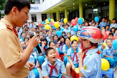 Bảo đảm an toàn giao thông cho học sinh, sinh viên dịp Tết