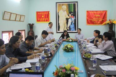 Thứ trưởng Phạm Mạnh Hùng kiểm tra công tác thi THPT quốc gia 2015 tại tỉnh Đắk Nông