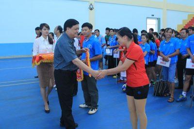 Giải bóng chuyền ngành giáo dục chào mừng 33 năm ngày Nhà giáo Việt Nam