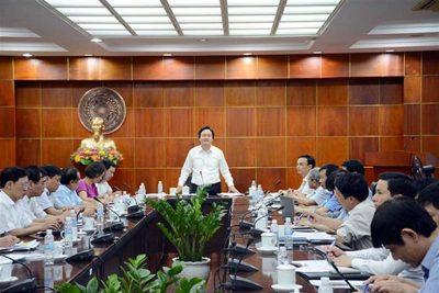 Bộ trưởng Phùng Xuân Nhạ: Chưa thí điểm chuyển viên chức sang hợp đồng lao động đối với giáo viên mầm non, tiểu học, THCS