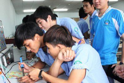 Tăng cường ứng dụng CNTT trong giáo dục năm học 2017-2018