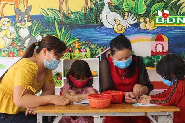 Duy trì hoạt động giáo dục bình thường nhưng tăng cường phòng, chống dịch bệnh