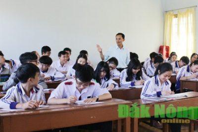 Trường THPT Đắk Mil giúp học sinh chuẩn bị tâm thế bước vào kỳ thi THPT quốc gia 2017
