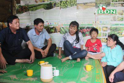 Hỗ trợ kinh phí giúp em Trần Thị Minh Anh vào đại học
