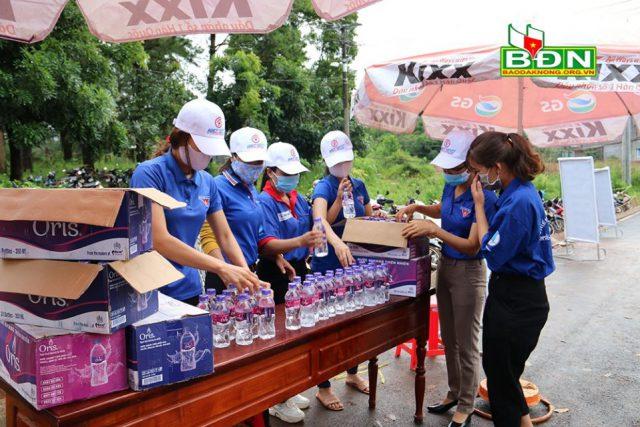 """Hơn 520 tình nguyện viên tham gia """"Tiếp sức mùa thi"""""""