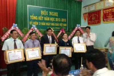 Phòng Giáo dục và Đào tạo Cư Jút tổng kết năm học 2012-2013