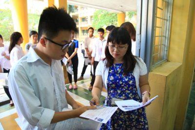 Học sinh không phải nộp phí dự thi THPT quốc gia 2017