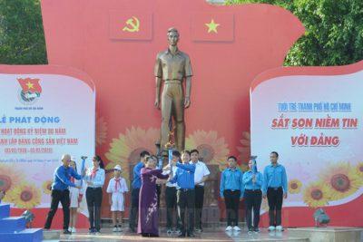 Phát huy truyền thống vẻ vang, tiếp tục xây dựng Đảng trong sạch, vững mạnh